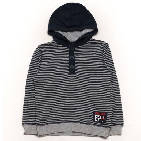 F&F pulóver (134)